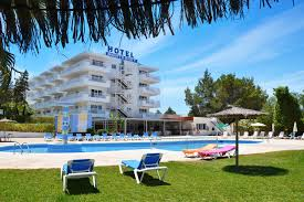 apartamentos monterrey san antonio bay spain booking com