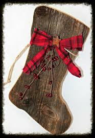 primitive barnboard santa boot santa boots primitive christmas