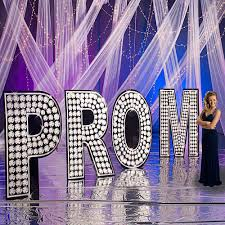 theme names for prom top 10 prom themes school dances event decor partyideapros com