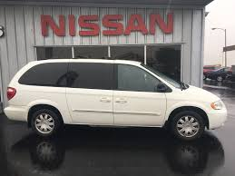 pre owned 2006 chrysler town u0026 country touring 4d passenger van in