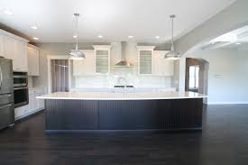 Aspen Kitchen Island A Long Single Level Island Gives Clear Sight To The Staggered