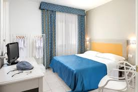 Young Room by Young Hotel San Teodoro