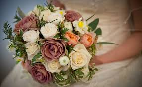 wedding flowers surrey wedding flowers hshire surrey and sussex from liss flower