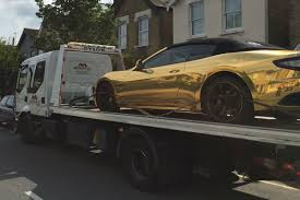 gold maserati quattroporte driver has his gold maserati seized by london police
