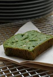 comment utiliser la ricotta en cuisine cake tout vert aux épinards ricotta et pignons de pin ou comment