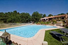 cassis chambre hote bandb chambre d hôtes piscine chauffée entre aix en
