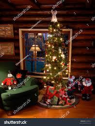 fashioned christmas tree fashioned christmas tree log cabin stock photo 9409624