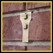 hanging christmas lights on brick walls brick clip instead of drilling holes in your brick use brick clip