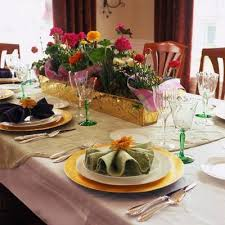 how to decorate a dinner table easy table decorating ideas use of placemats or a tablecloth