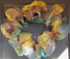 mardi gras outlet deco mesh party ideas by mardi gras outlet how to mardi gras wreath made
