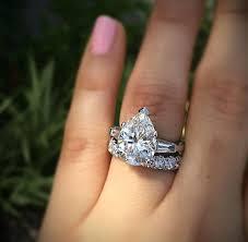 big diamond engagement rings big diamond rings diamond engagement ring in the world