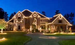 question what is the best way to hang outdoor christmas lights