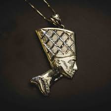 famous jewelers the gld shop makes gold jewelry for famous rappers like future
