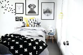 chambre bebe noir chambre noir et blanc design chambre enfant noir blanc jaune