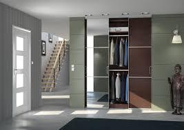 placard de chambre en bois amenagement interieur placard chambre meuble rangement avec placard
