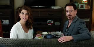 Tony Stark Aunt May Isn U0027t A Tony Stark Fan In Homecoming Screen Rant