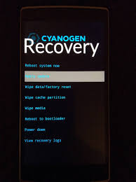 device reboots into recovery after flashing cyanogenmod android
