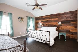 Orleans Bedroom Furniture by Four Bedroom Beauty Off St Charles Nola Style New Orleans
