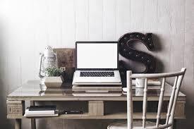 bureau chambre ado bureau pour ado 65 idées déco sympas pour un bureau de fille ou de