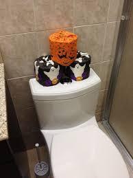 Bathtub Halloween Costume 25 Halloween Bathroom Decorations Ideas