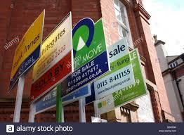 sale boards estate agent stock photos u0026 sale boards estate agent