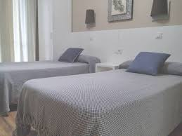 chambre hotes barcelone chambre d hote barcelone espagne chambres dhtes hostal lesseps