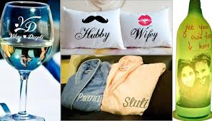 wedding gift to 5 really cool wedding gift ideas that newlywed couples would never
