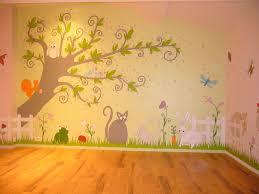 fresque chambre fille idée modele fresque murale aménagement enfants