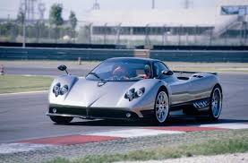 pagani zonda gold millionaire tuner survives 199mph pagani zonda smash aol uk cars