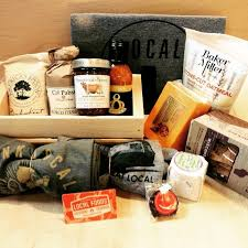 chicago food gifts 21 best what s new at fannie may images on chocolate