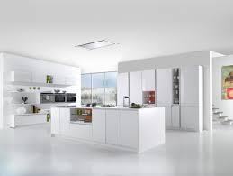 ilot cuisine blanc cuisine moderne grise et inspirations avec cuisine blanche