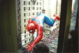 spider balloon punctured at thanksgiving day parade