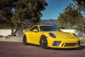 2018 porsche 911 gt3 returns with a manual for driving purists