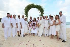 renew wedding vows hawaii wedding vow renewals sweet hawaii wedding