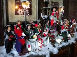 carolers decorations 62 best decorating with byersu0027