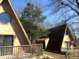 table rock lake vacation rentals table rock lake cabins ptio tht beutiful wters tble lke cbins re y