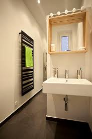 brilliant apartment bathroom ideas and tips for renters apartments