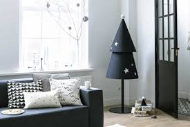 modern christmas tree top 10 modern diy christmas tree project ideas apartment therapy