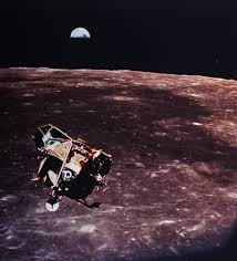 Flag On The Moon Conspiracy Why Do Moon Landing Conspiracies Live On Houston Chronicle
