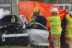 two people killed in u0027horrific u0027 car crash north of brisbane abc