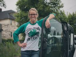 What House Does Nicole Curtis Live In Go On Location With Rehab Addict Nicole Curtis Rehab Addict Hgtv