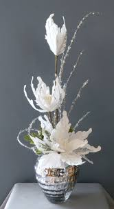 Small Flower Arrangements Centerpieces Best 25 Winter Floral Arrangements Ideas On Pinterest Winter