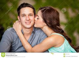 girls kissing in bed girls kissing in bedroom sara loren bedroom scene pakistani