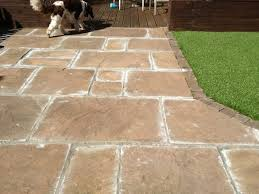How To Clean Patio Slabs Without Pressure Washer Preloved How Do You Fill The Cracks Between Paving Slabs
