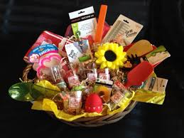 custom gift basket custom gift baskets heartstrings community foundation