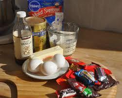 kirkland halloween beki cook u0027s cake blog leftover halloween candy cupcakes