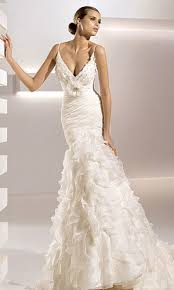 wedding dresses 2010 pronovias collection 2010 instyle co uk