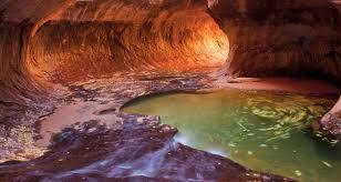 Utah travel meaning images Zion national park photos places to stay things to do
