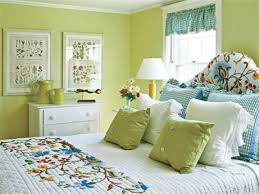 blue and yellow bedroom color schemes and