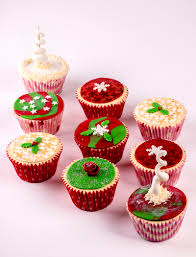 Christmas Cake Decoration Ideas Uk Sugar Paste Christmas Cake Decorations Time To Create